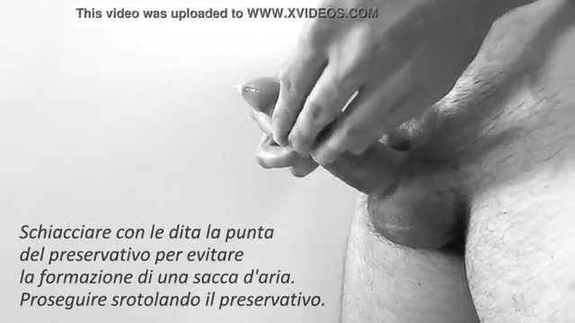 Come mettere un preservativo full hd video a scopo educativo